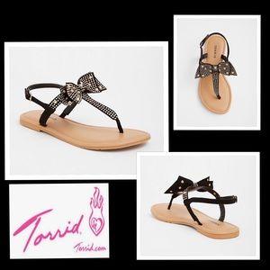 NWT torrid Black Bow Studded T-Strap Sandals